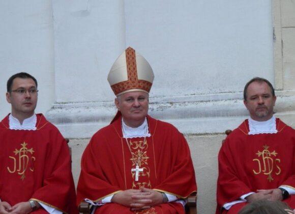 Pozdravni govor biskupu Košiću povodom proslave Petrova u našoj župi